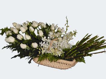 Arreglo de Rosa Cualquier Color con Orquídeas